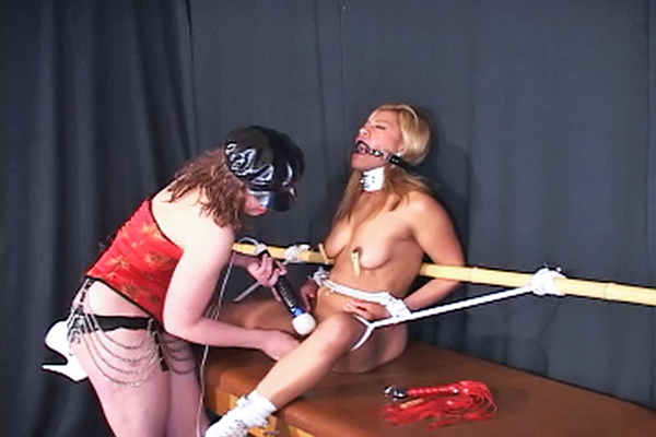 Abbies first time0  fetishnetwork com  kinky abbie is horny to dominate maxine x for the first time. FetishNetwork.com - Kinky Abbie is sexy to dominate Maxine X for the first time