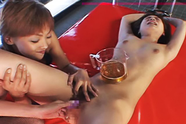To cumshot or not to cumshot0. China and Beni attempt to make Asume ejaculate knowing that if they succeed she will be covered in pee.