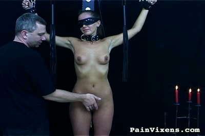 Bdsm cock sucking. Bondage hottie gets her vagina abused then is required to tool sucking tool
