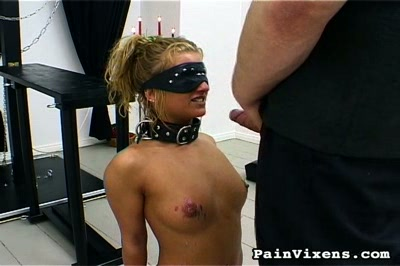 Fetish sucks. Blindfolded bound fetish babe delivers give suck