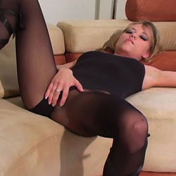 Nicole ray in black pantyhose. The black pantyhose brings out the bad in this girl.