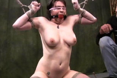 Chubby naked slave. Silvia was a little bit scared in the beginning, but in the end, she finally got off for the first time in ropes