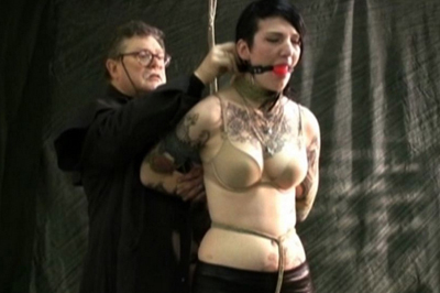 Tattooed slave ava tied  there was no time for her to take off that bra and show her sweet tatas but at least we can see the look on her face. There was no time for her to take off that bra and show her beautiful tatas but at least we can see the look on her face.