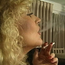 Time for a little fun. Blonde dragginlady gives an incredibly hot cock sucking while she cock sucking down a cigarette.